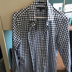 Banana Republic never worn gingham button up